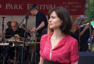 Sophie Ellis Bextor opening the Festival in 2008